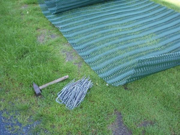 Plastic Mesh for Grass Protection and Reinforcement